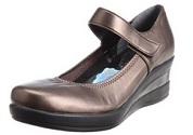 ファーストコンタクトの靴